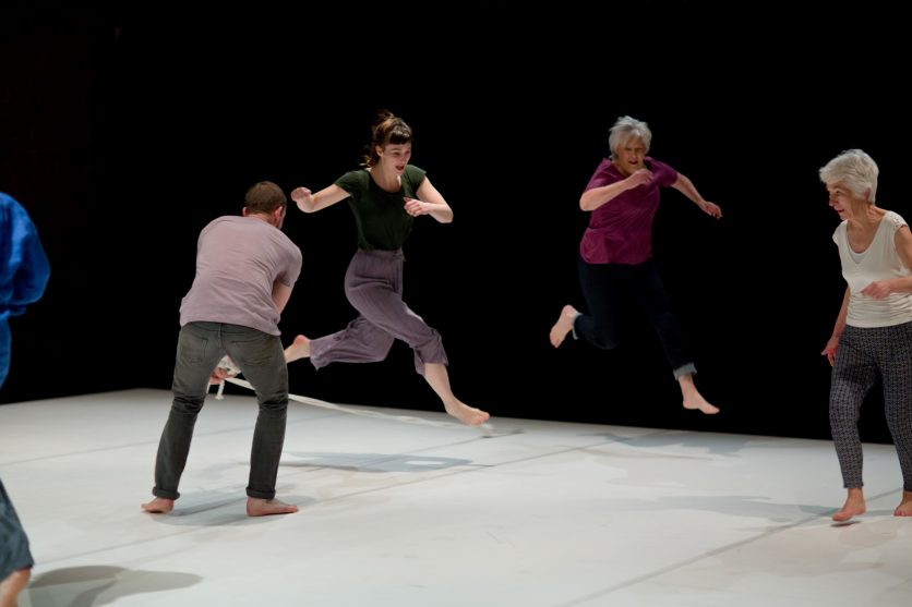 Robbie Synge, Lucy Boyes and Co - Ensemble - Encounters 2018 at Yorkshire Dance © Sara Teresa