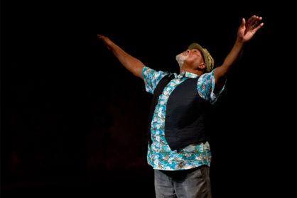 Namron performing at Ageless Solo Platform. © Sara Teresa (3)
